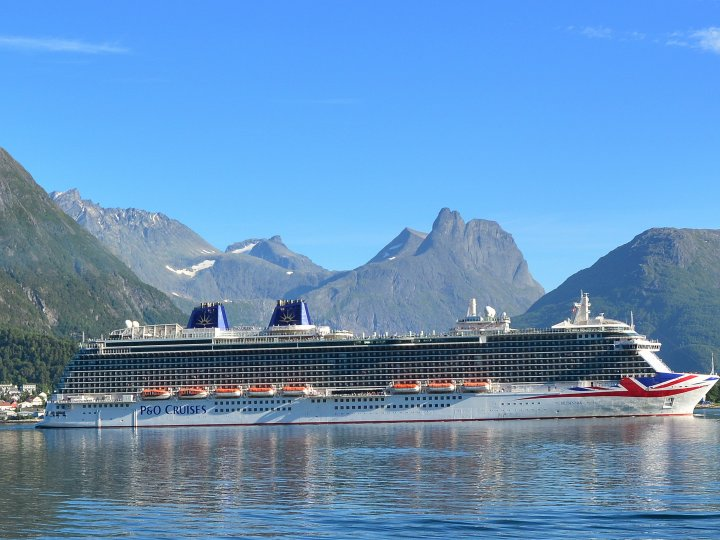 Britannia Åndalsnes Photo Leif Johnny Olestad